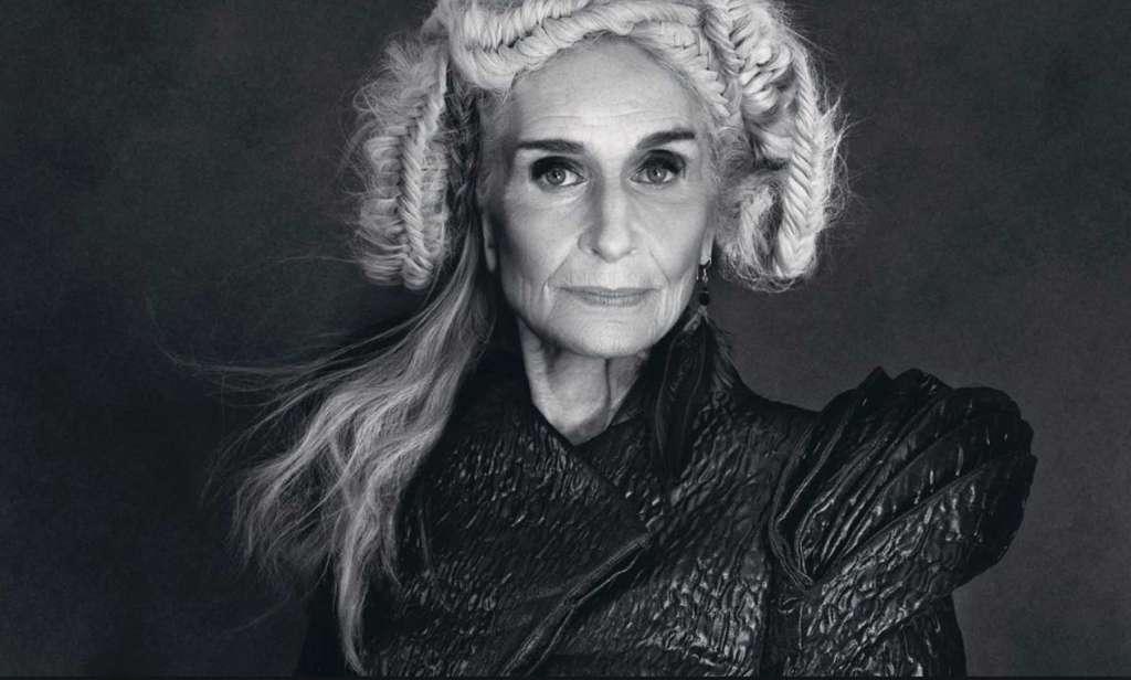Daphne Selfe, model la 87 ani - Roxanainka (9)