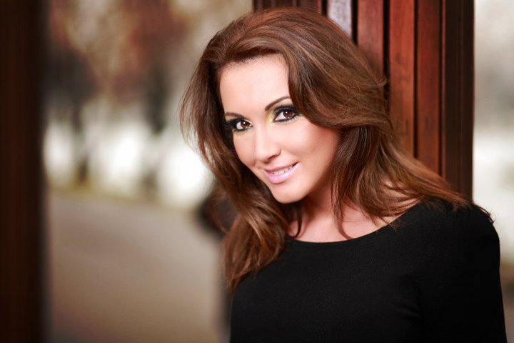 Zambete femeie perfecta roxanainka.ro